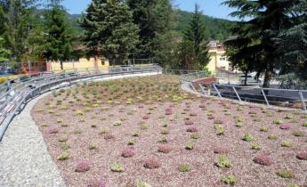 centro ricreativo - copertura piana a sedum